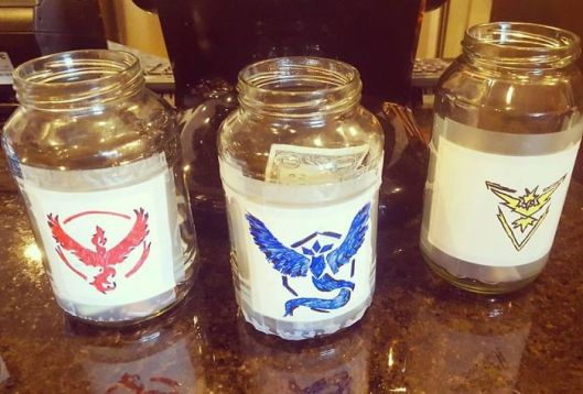 Pokemon GO tip jars team mystic instinct valor